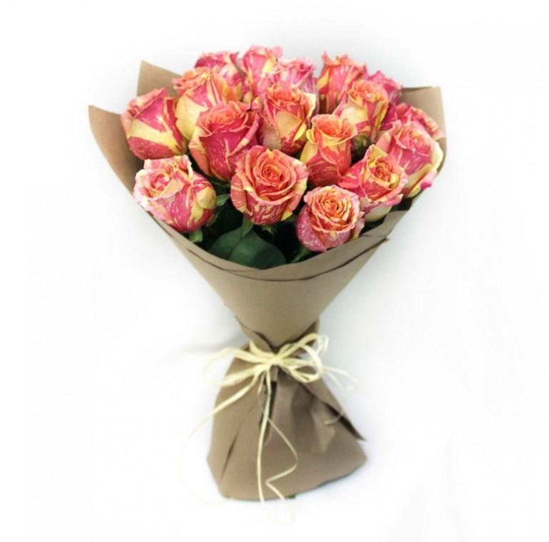Букет из 17 Роз ( Фиеста 60см.)