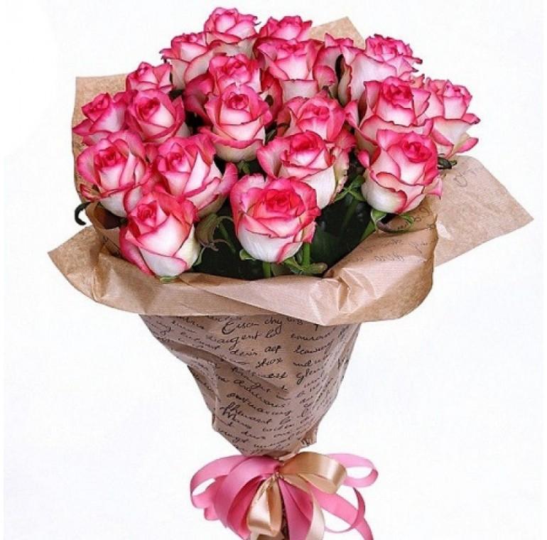 Букет 19 роз (Джумилия 60см)